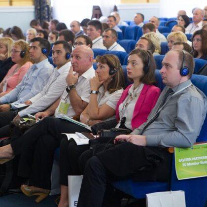 Професійна підготовка та розвиток державних службовців і посадових осіб місцевого самовряд
